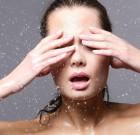 Pelle grassa o secca? Fai le mosse giuste per detergerla!