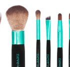 Neve Cosmetics: i pennelli Aqua e quelli Base a confronto