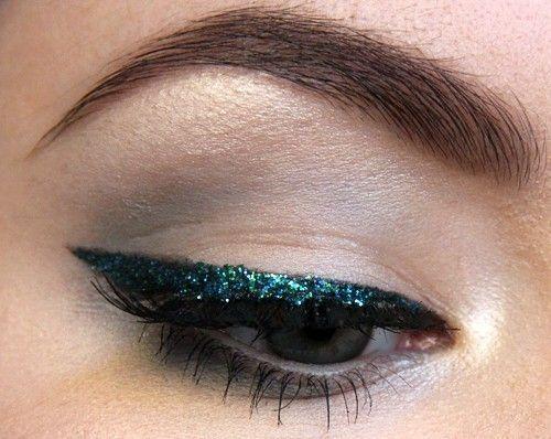 Eyeliner-glitter