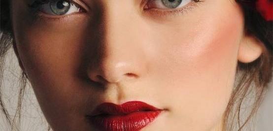 make-up-natalizio-trucco-per-le-feste-questione-di-stile
